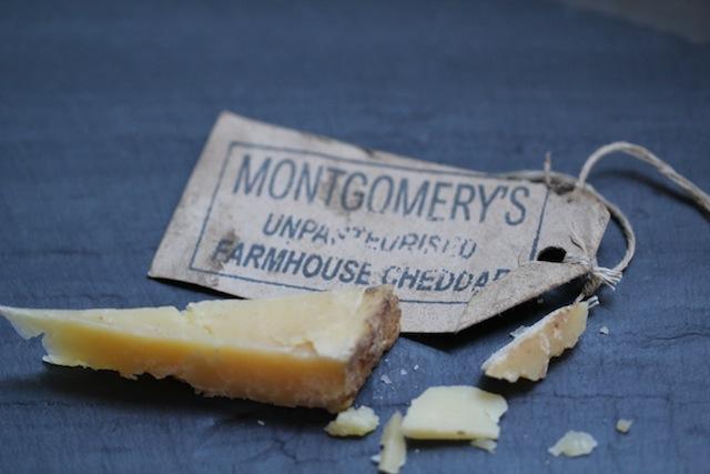 Montgomery's Cheddar label